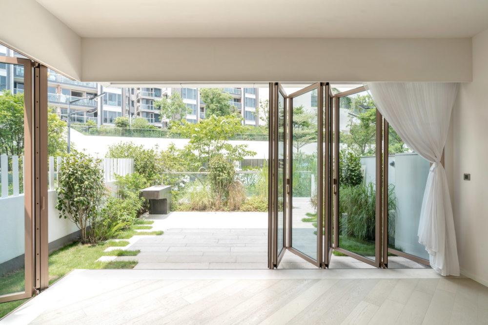 Fa harmonika ajtó - Solarlux Woodline